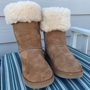 UGG BOOTS Women's Size USA 7